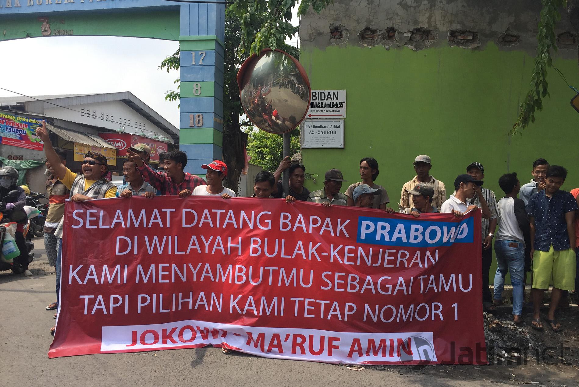 Prabowo Disambut Spanduk 01 di Kandang Banteng