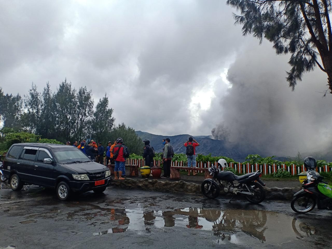 Bromo Berasap, BNPB Siagakan Empat Kabupaten