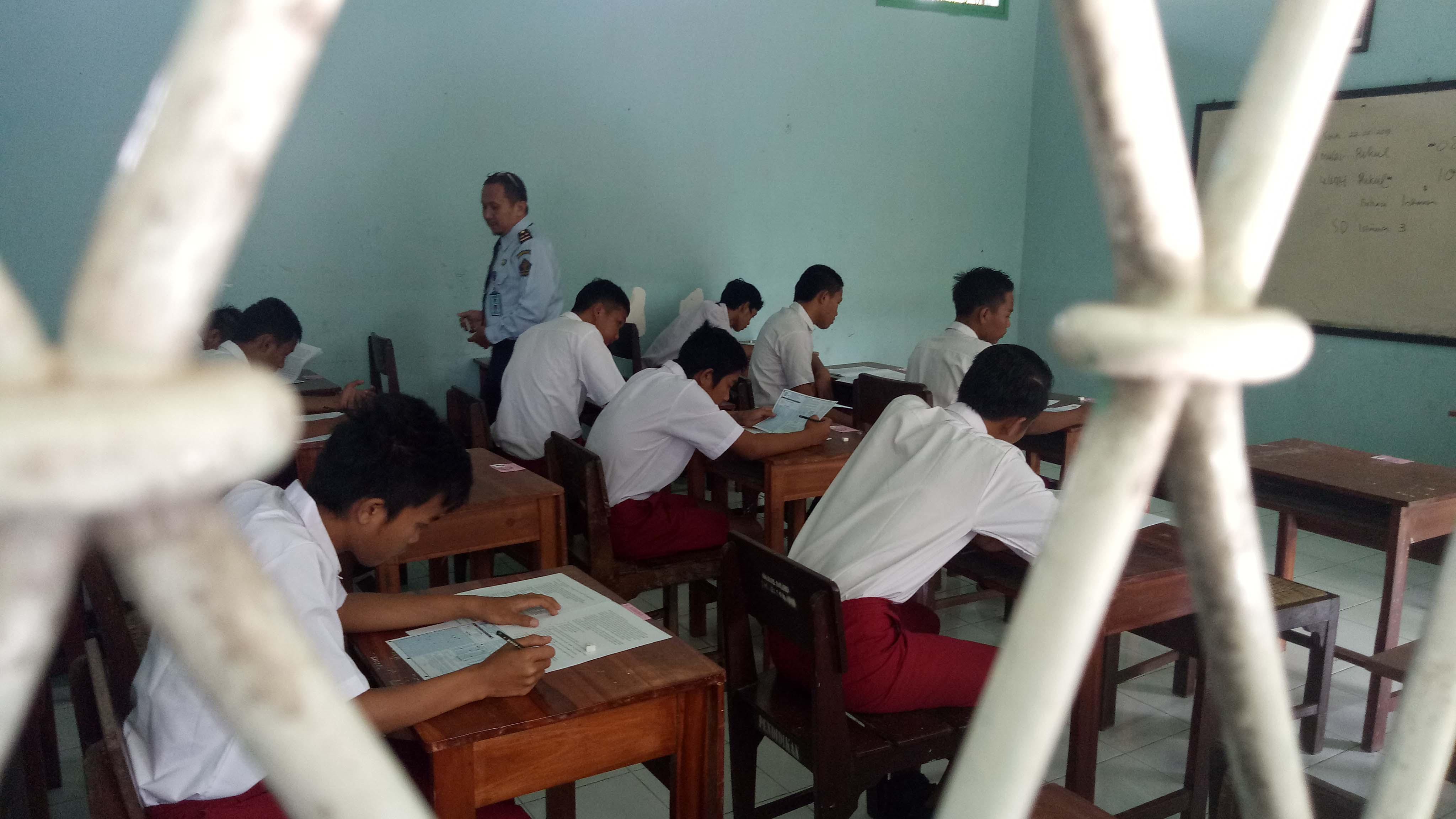 Enam Belas Anak Ikut USBN SD di LPKA Blitar
