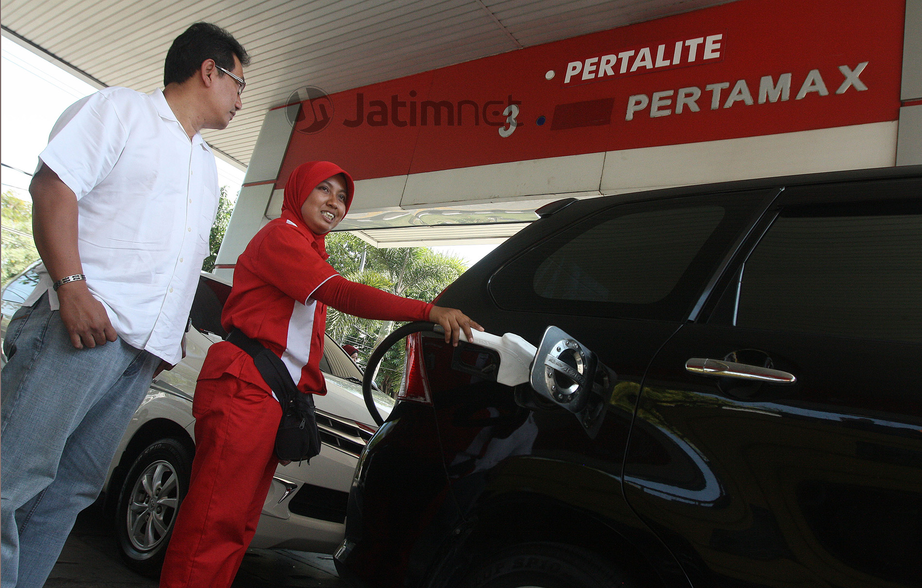 Rupiah Menguat, Harga BBM Turun