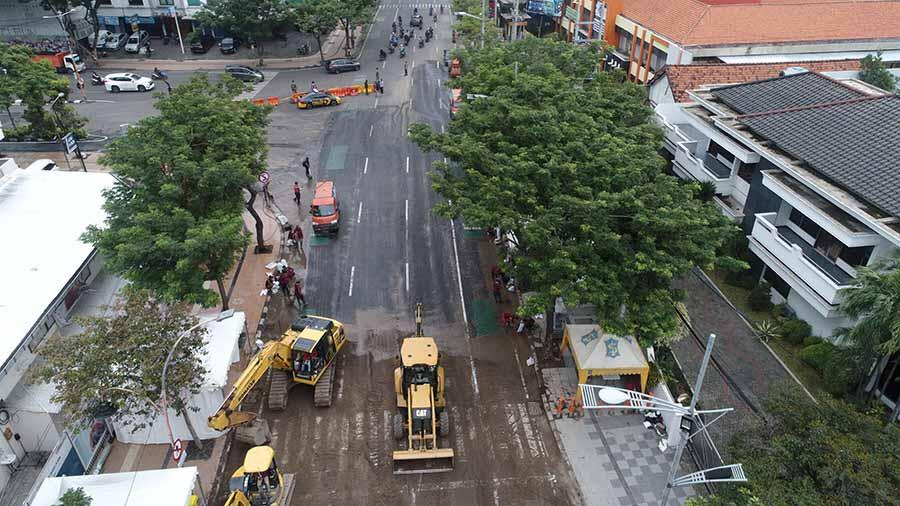 Kejati Jatim Terima SPDP Amblesnya Jalan Raya Gubeng