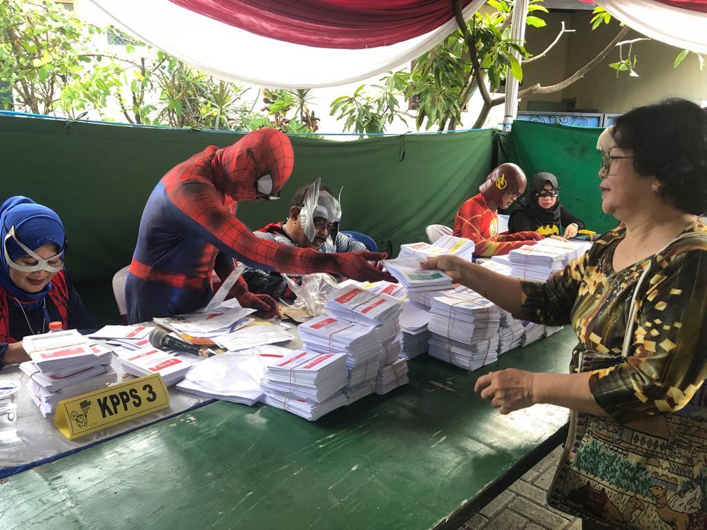 Ada Skuat AvengersAmankan TPS di Kota Pahlawan Surabaya