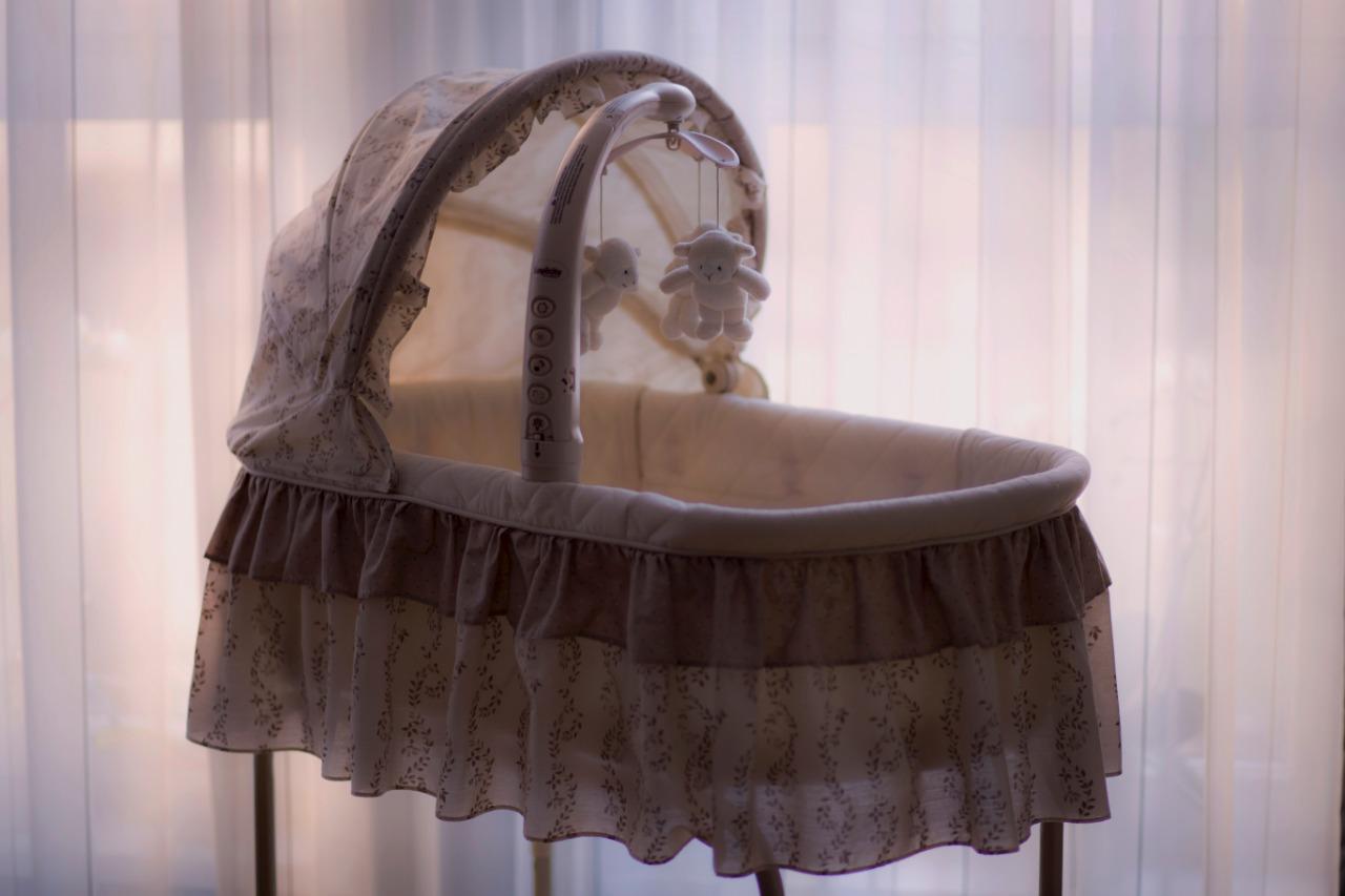 Penyebab Ayunan Bayi ini Disebut Mematikan dan Ditarik