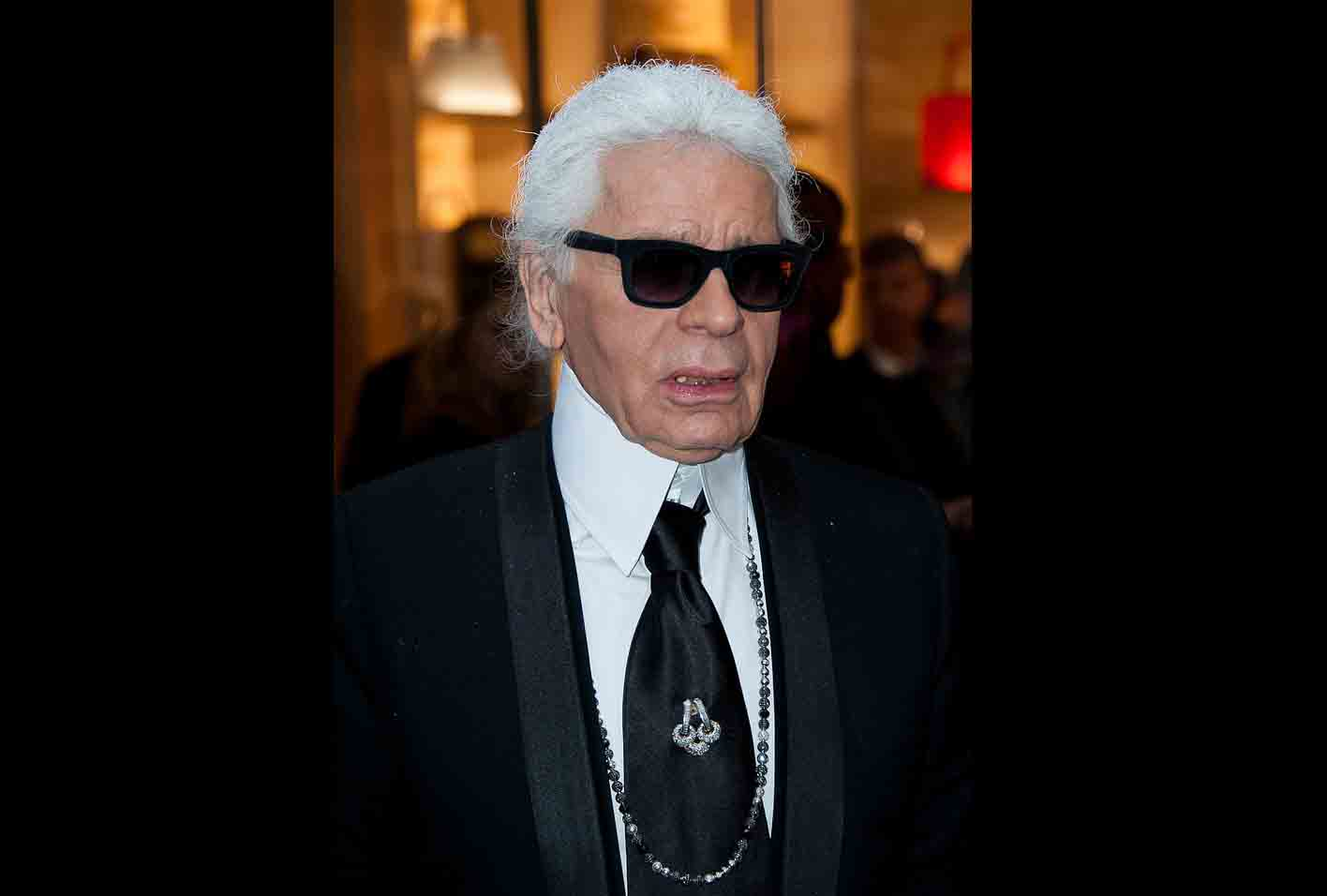 Ikon Fashion Karl Lagerfeld Meninggal