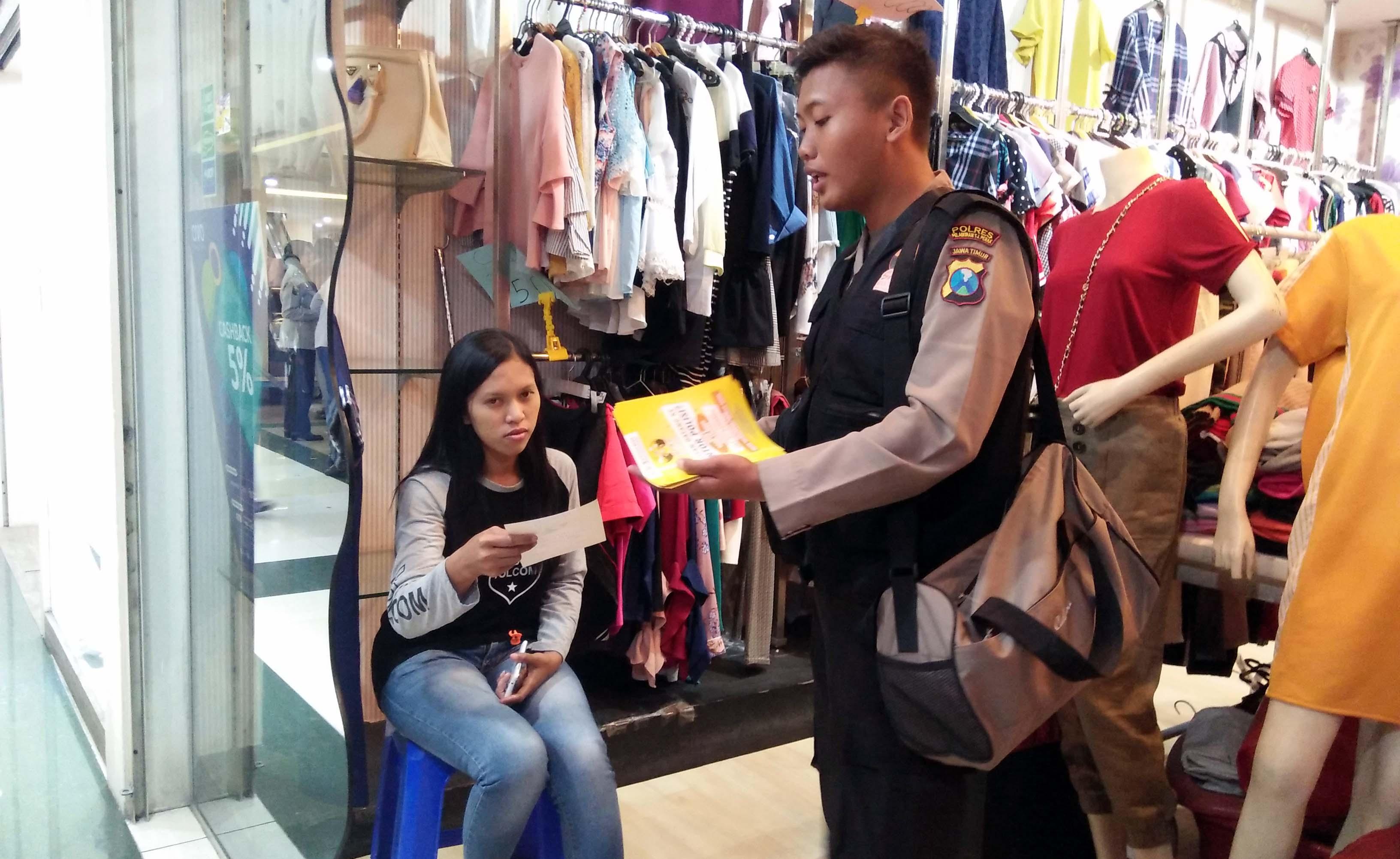 Polres Tanjung Perak Jalankan Layanan SPKT <em>Door to Door</em>