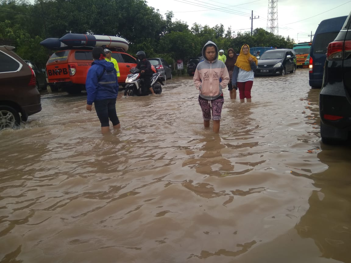 Atasi Banjir Tol Madiun, Bina Marga KajiPembangunan Tanggul