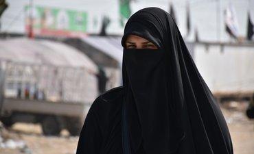 pasca-bom-muslim-perempuan-sri-lanka-diminta-lepas-cadar