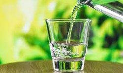 menurunkan-berat-badan-dengan-delapan-gelas-air-putih-sehari