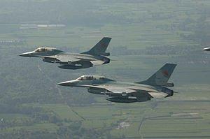 pesawat-tempur-f-16-a-b-diupgrade-senjata-canggih