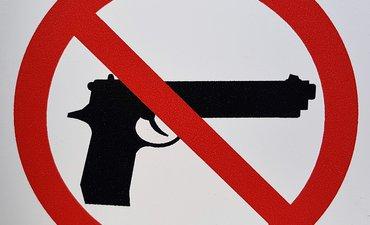 aturan-membeli-senjata-di-sembilan-negara