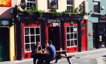 pub-tertua-di-dunia-bertahan-lantaran-keramahtamahan