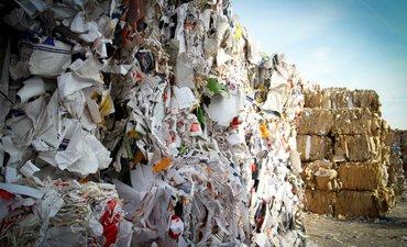 karena-ribuan-kilo-sampah-filipina-ancam-akan-perangi-kanada