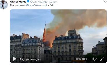 katedral-notre-dame-di-paris-terbakar