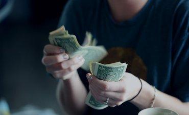 gandeng-polisi-bi-jember-temukan-dua-money-changer-ilegal