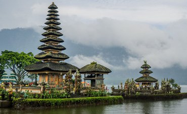 wisatawan-kelas-atas-cina-pilih-indonesia-dibanding-eropa