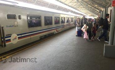tiket-pesawat-mahal-penumpang-kereta-api-lebaran-naik-13-persen
