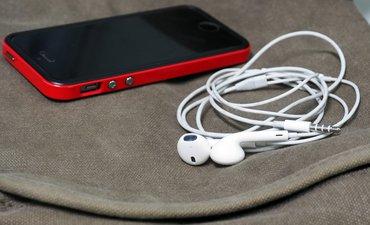 pbb-atur-smartphone-agar-tak-rusak-pendengaran-remaja