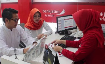 dprd-jatim-pertanyakan-kelanjutan-bank-jatim-syariah
