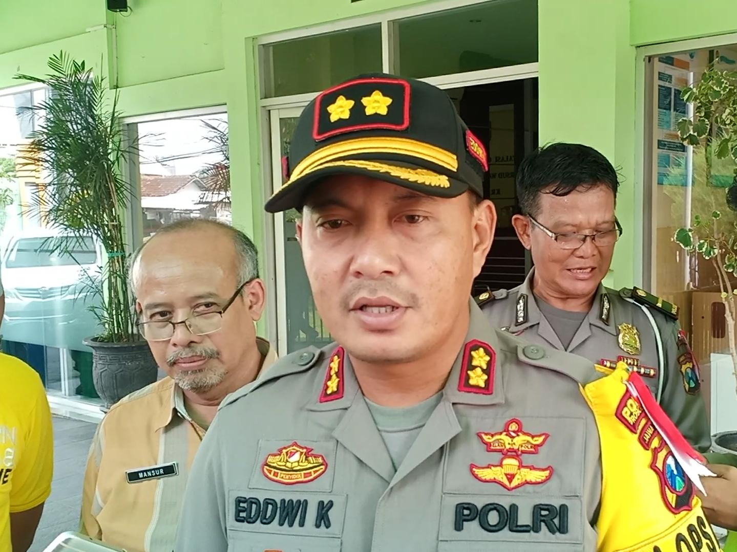 Kepolisian Sesalkan Adu Dorong Wistawan dengan Petugas BB TNBTS