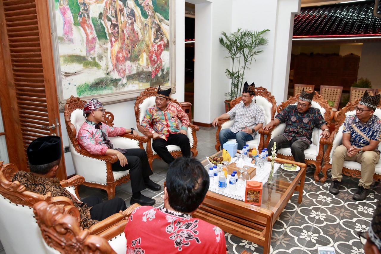 Dirut Pelindo III: Pantai Boom akan Dilengkapi Driving Range