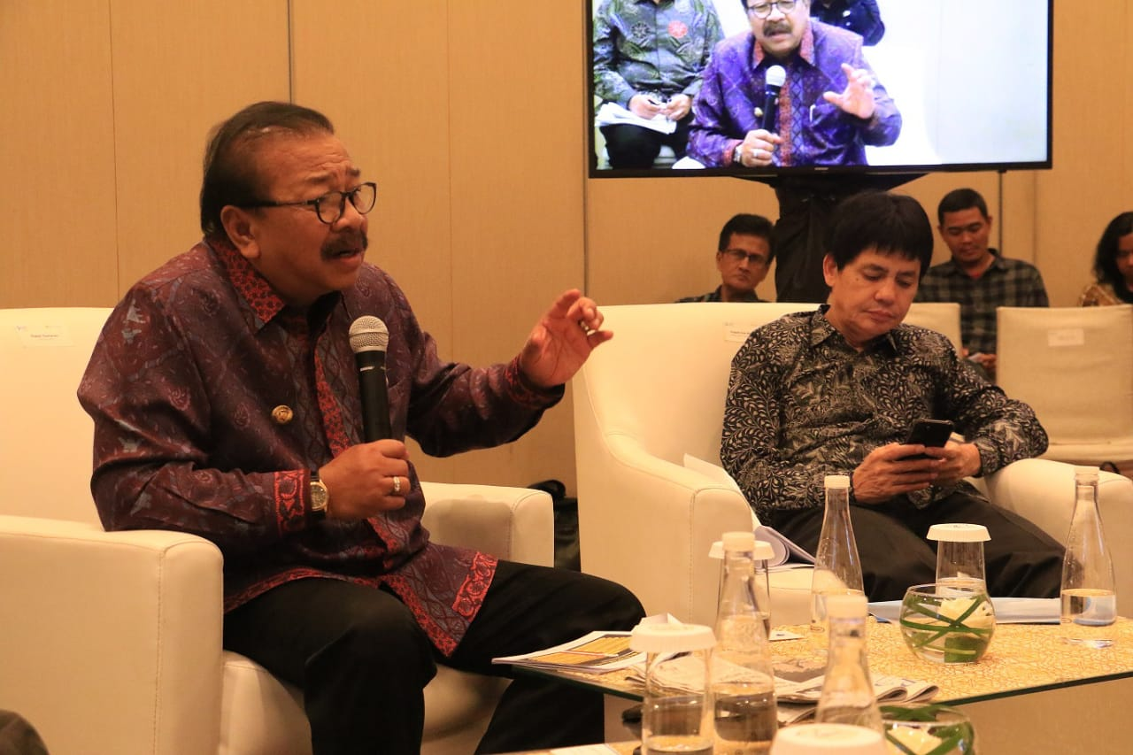 Korupsi di Jatim Libatkan DPRD, Pakde Minta Bantuan KPK