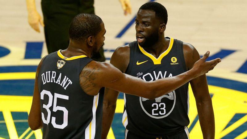 Pemilik Warriors Enggan Komentari Pertikaian Durant-Green