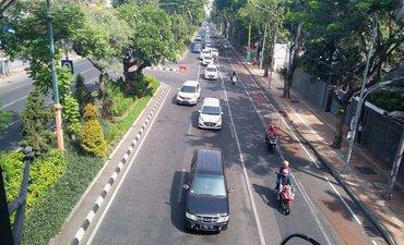 libur-lebaran-suasana-lalu-lintas-surabaya-ramai-lancar