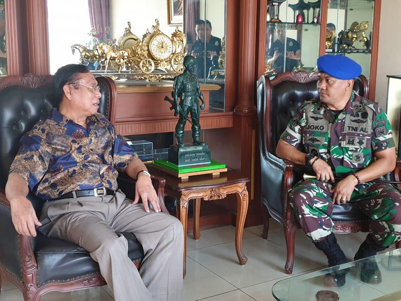 Perwira Pomal Lantamal V Surabaya Curhat ke Senior