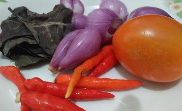 begini-membuat-sambal-pelengkap-ketupat