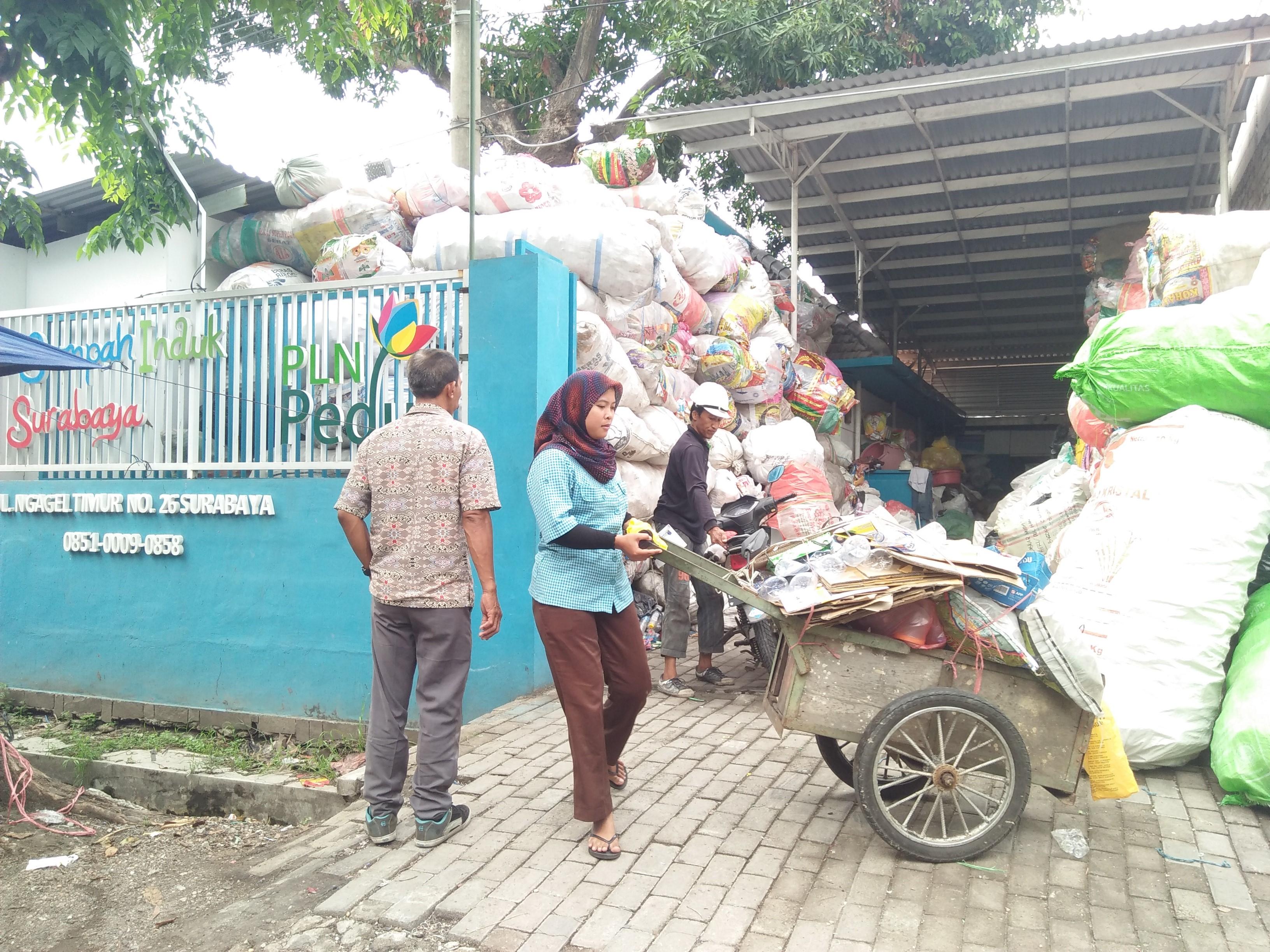 Aplikasi Bank Sampah, Supaya Transaksi Sampah Lebih Mudah