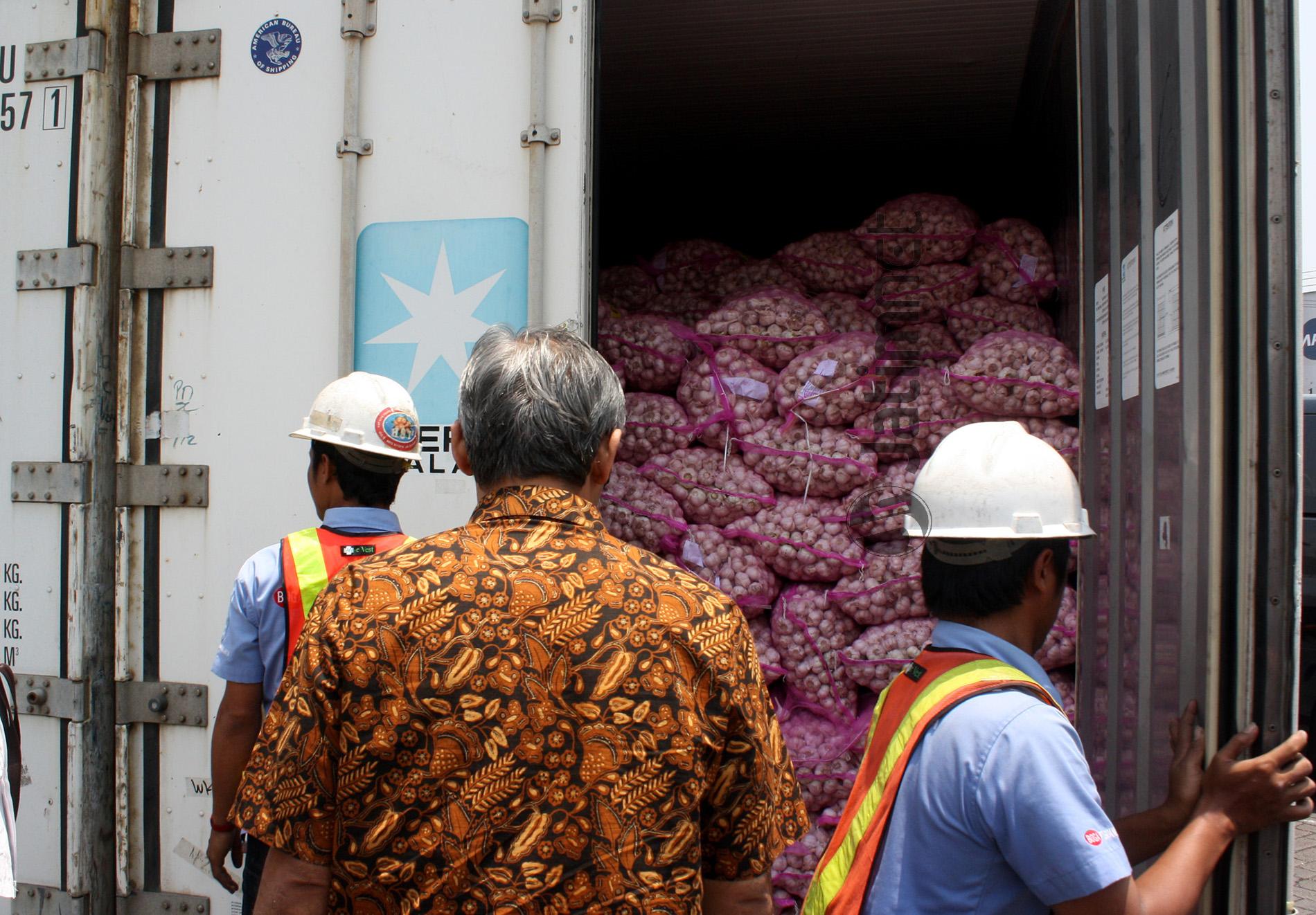 Bulog Impor Bawang Putih 100 Ribu Ton dari Cina