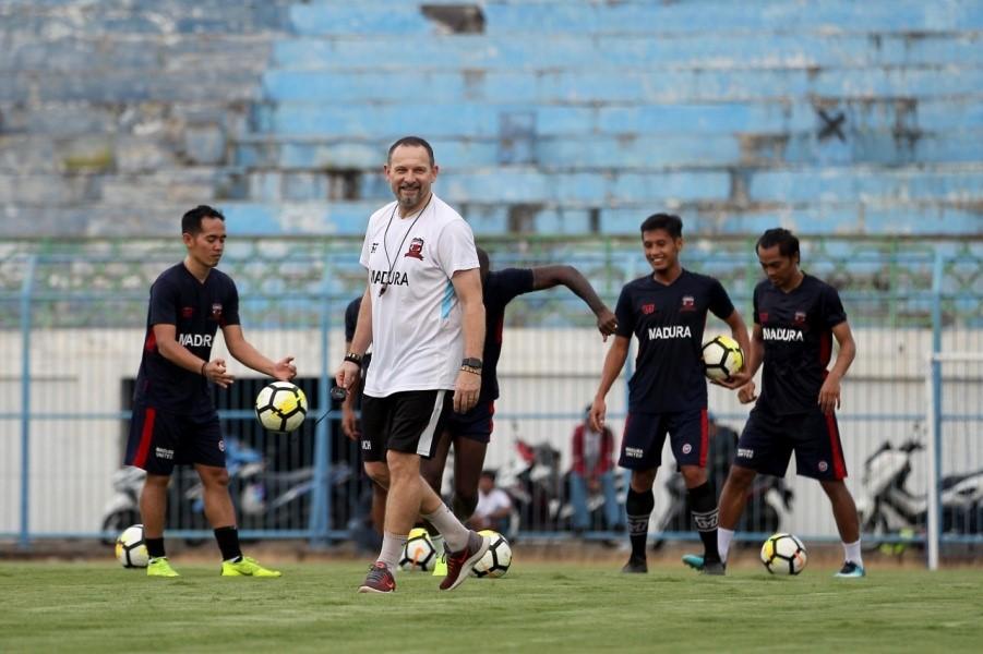 Jamu Sriwijaya FC, Madura United Fokus Gaya Permainan Sendiri