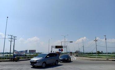 volume-kendaraan-gerbang-tol-paspro-mulai-meningkat-h-6