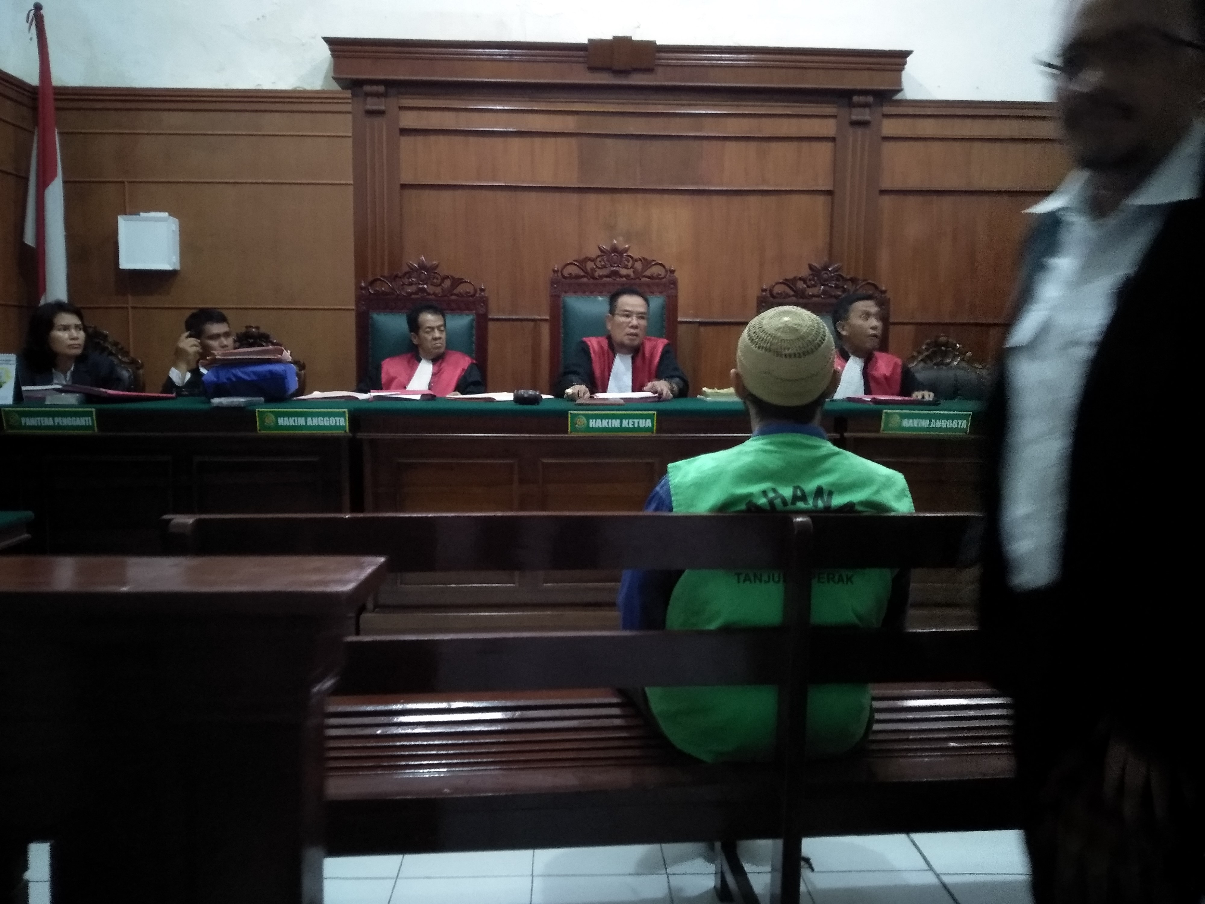 Keberatan Dengan Dakwaan Jaksa, Guru Ngaji Ajukan Eksepsi