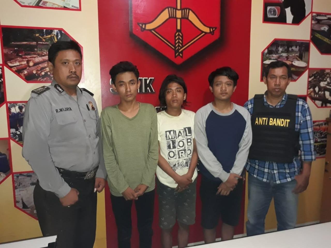 Polsek Gubeng Bekuk Komplotan Jambret Belia