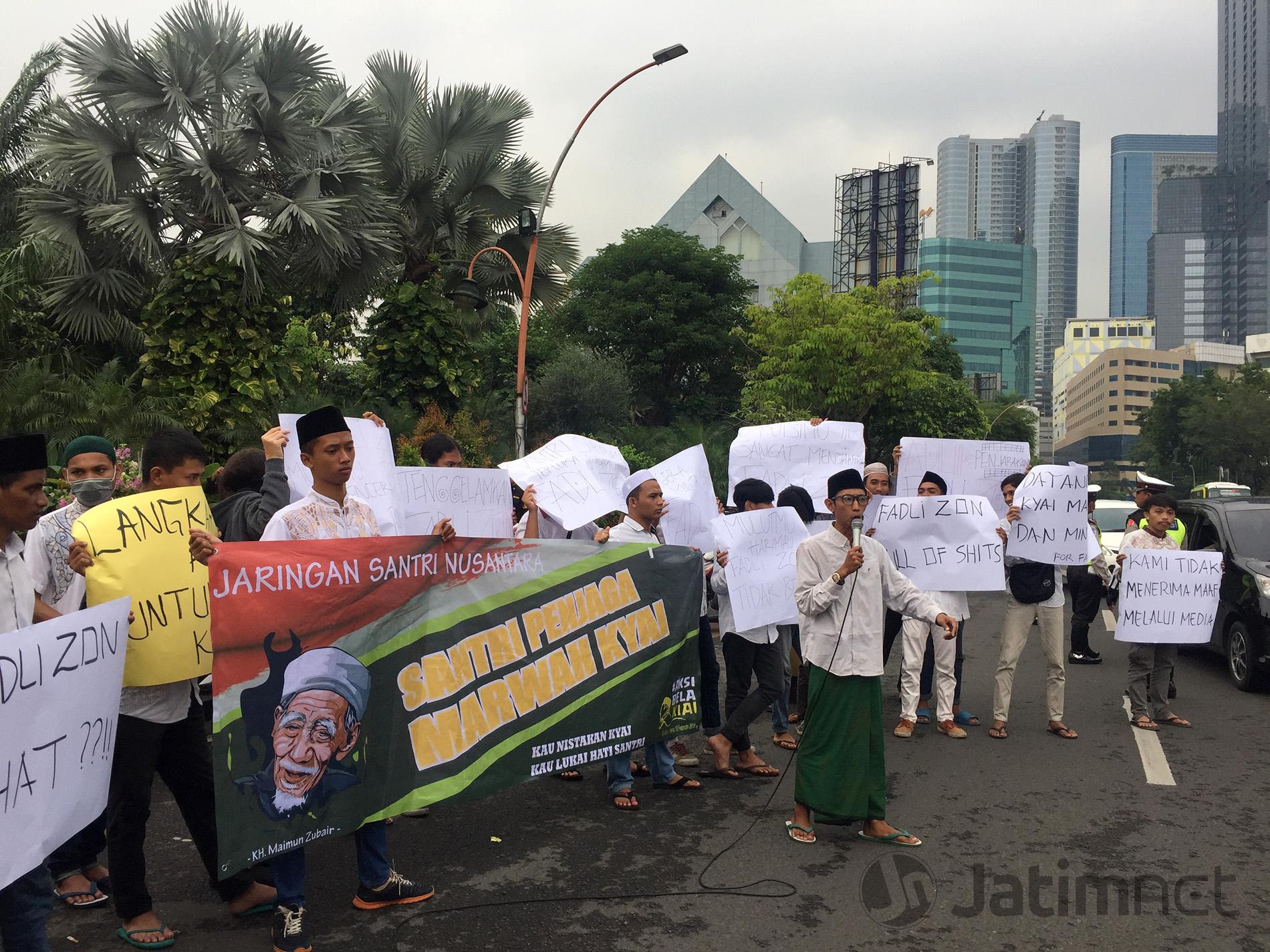 Jaringan Santri Nusantara Ancam Polisikan Fadli Zon