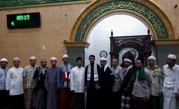 jemaah-masjid-baitu-ilmin-girilaya-sumbang-warga-gaza