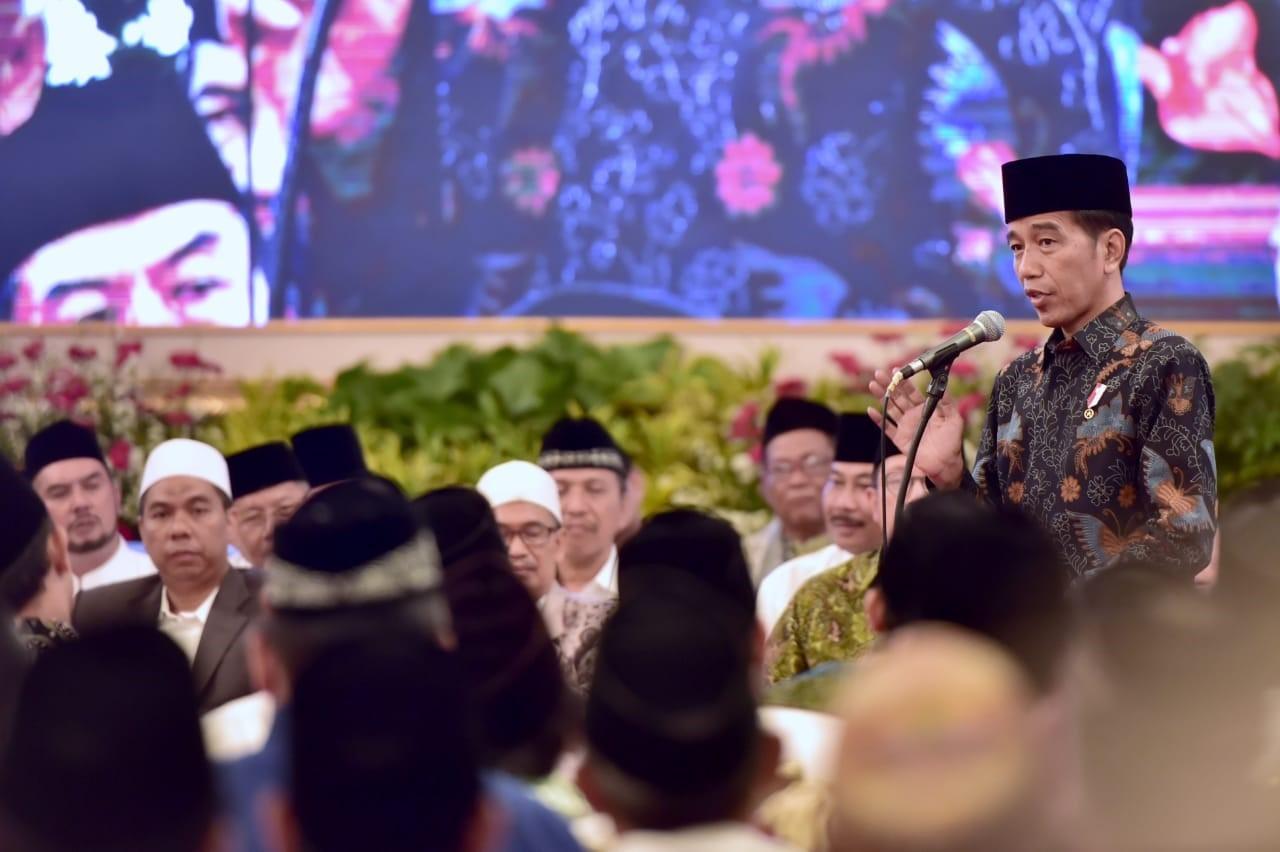 Jelang Pemilu, Jokowi Ajak Ulama Tebar Kesejukan