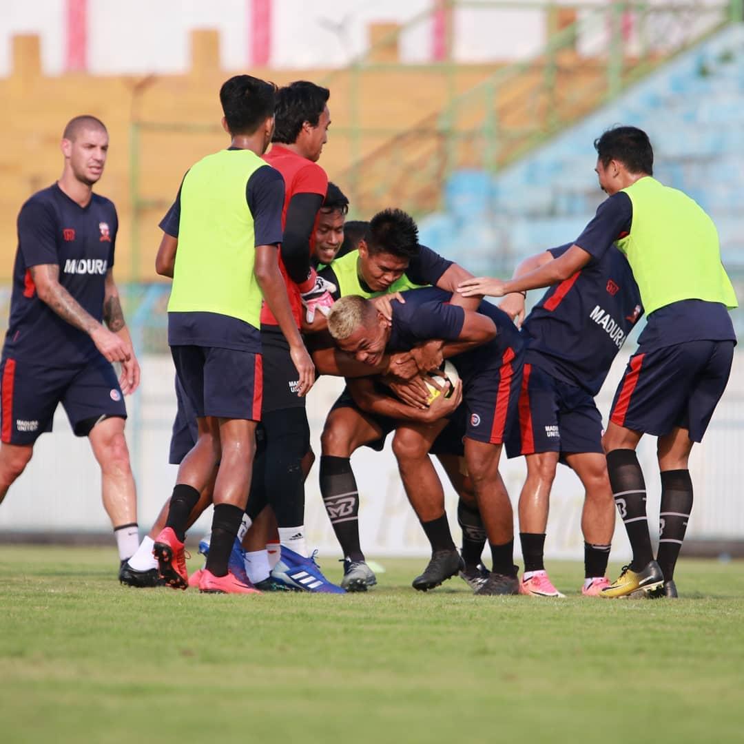 Madura United Patahkan Tradisi tidak Pernah Menang Hadapi Persela