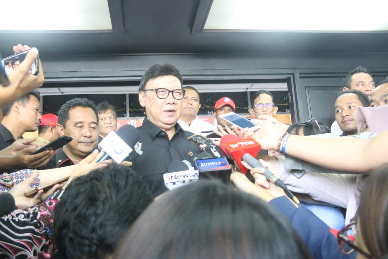 Mendagri Sebut KPPS Meninggal Syuhada Kusuma Bangsa