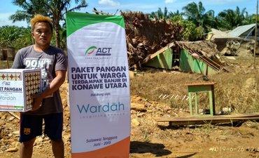 act-distribusikan-paket-pangan-ke-warga-terdampak-banjir-konawe