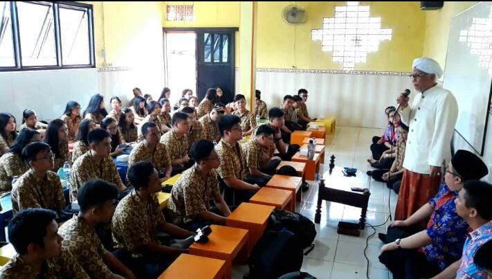Ketika Siswa Katolik Surabaya Mengenali Islam, Budha dan Hindu