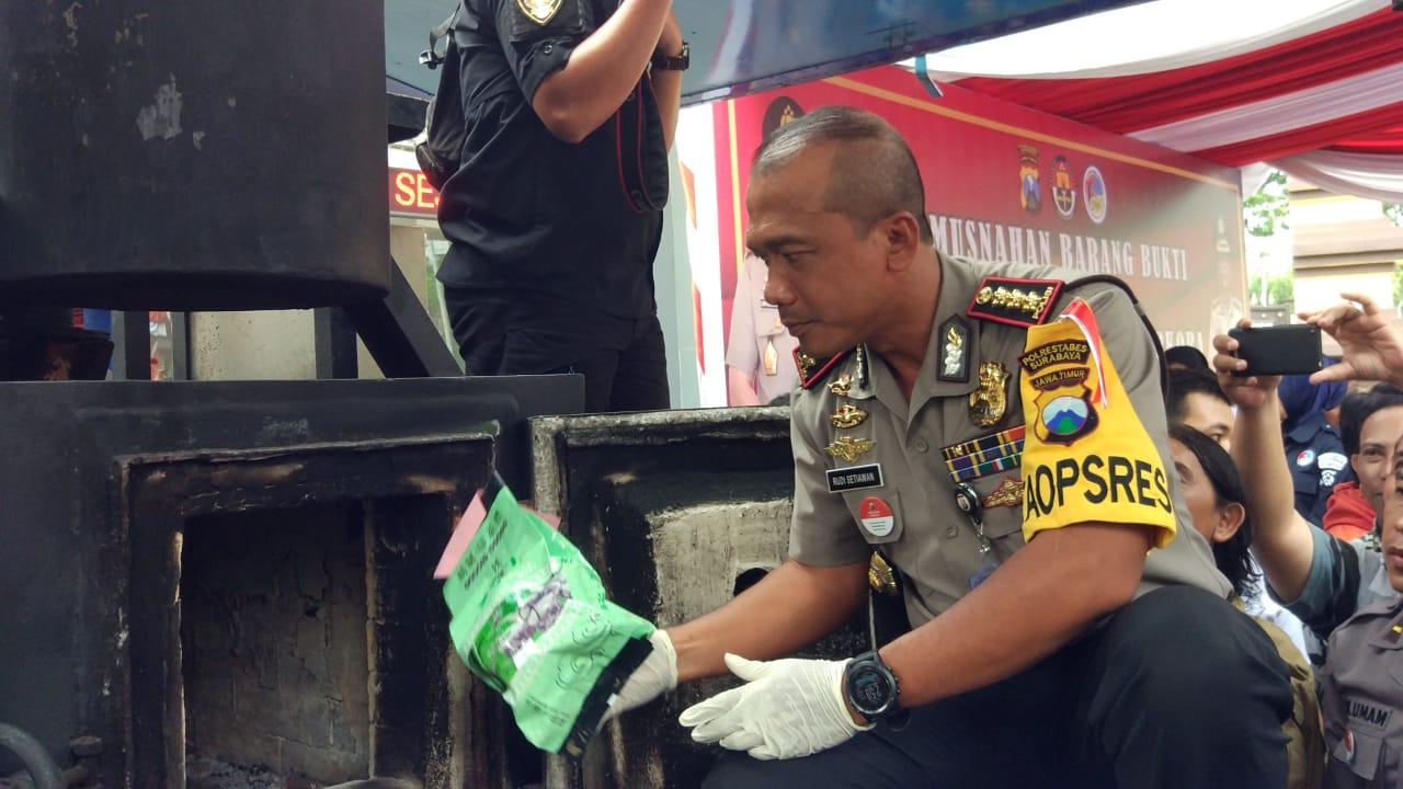 Polrestabes Surabaya Soroti Tingginya Peredaran Narkoba