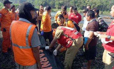 jenazah-pria-tenggelam-di-brantas-ditemukan-5-kilometer-dari-lokasi-jatuh