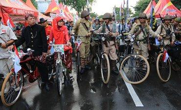 hari-jadi-surabaya-pemkot-gelar-jambore-sepeda-tua