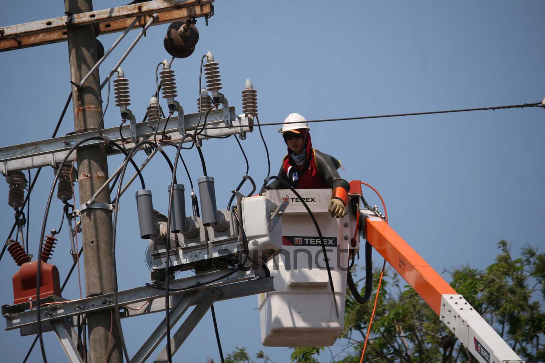 NTT Kejar Elektrifikasi Hingga 90 Persen