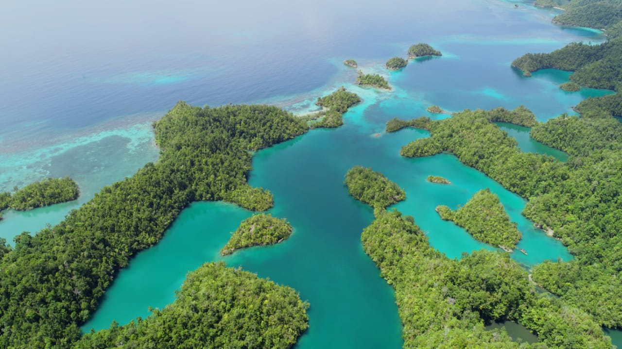 Tawale, Surga Tersembunyi di Maluku Utara